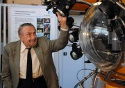 "Prof. Hass am Tauchboot ""JAGO"", Foto: Jan Steffen, IFM-GEOMAR"