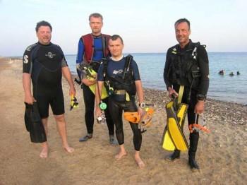 Forschungstaucher am Roten Meer