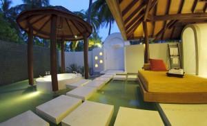 Badezimmer einer Beach Villa, Foto: © Anantara Kihavah Villas