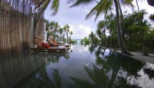 Pool, Foto: © Anantara Kihavah Villas