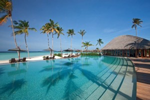 Pool, Foto: @ Constance Halaveli Resort