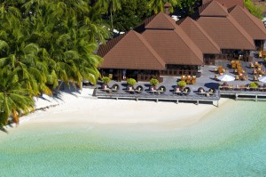 Beach Bar, Foto: @ Kurumba Maldives