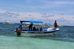 Tauchboot, Foto © Genesis Divers