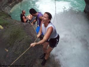 Ausflug zu den Kawasan Wasserfällen, Foto: © Magic Island Dive Resort