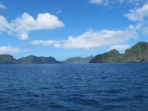 Die Gegend ist für die bizarren Kalksteinformationen bekannt, Foto: © Submariner Diving Center