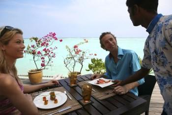 Speisen am Meer, Foto: © Club Med Kani
