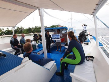 Briefing auf der Banca, Foto: @ Sea Explorers