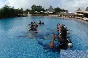 Ausbildung im Pool, Foto: © Euro-Divers