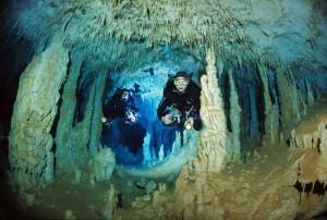 Höhlentauchen in Mexiko, Foto: © Paul Munzinger