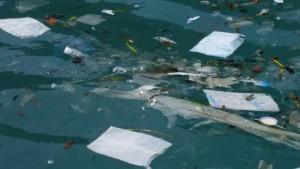 Eine Flut von Plastikmüll