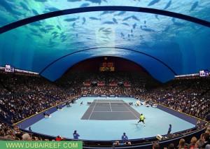 Großes Tennis unter dem Meer