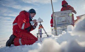 Geophysiker auf dem Schelfeis