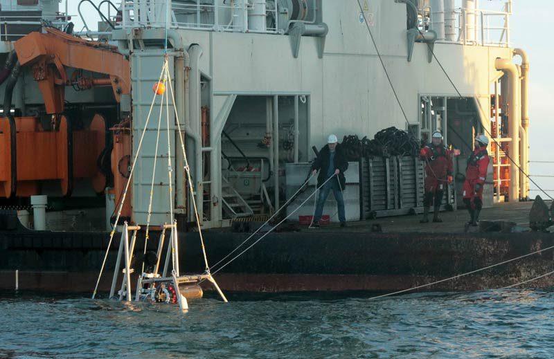 Ausbringen des Zooplankton-Observatoriums