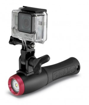 "Foto-Video-Lampe ""Sea Dragon 650F"" von SeaLife mit Action-Cam"